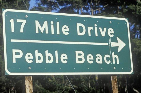 17_mile_drive_sign (Medium).jpg