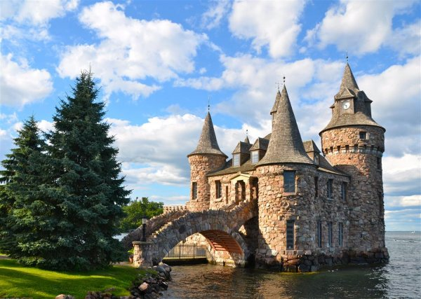 Thousandislands_BoldtCastle_web.jpg
