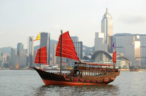 hong-kong-boat.jpg